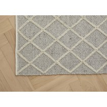 Mitre Rug Feather
